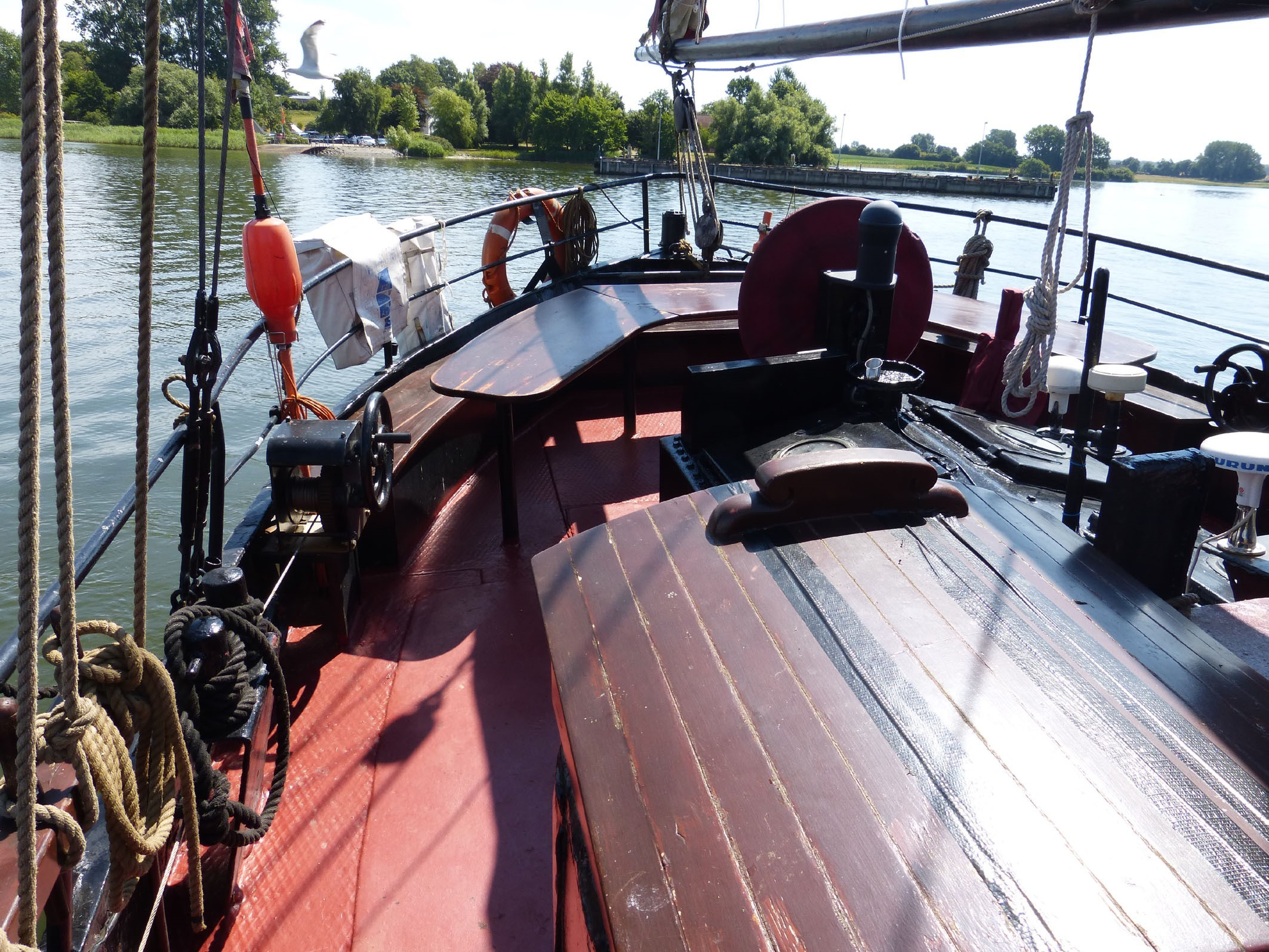 Kajuitzeilboten en Zeiljachten Stylish Traditional Sailing Ship Traditional foto 3