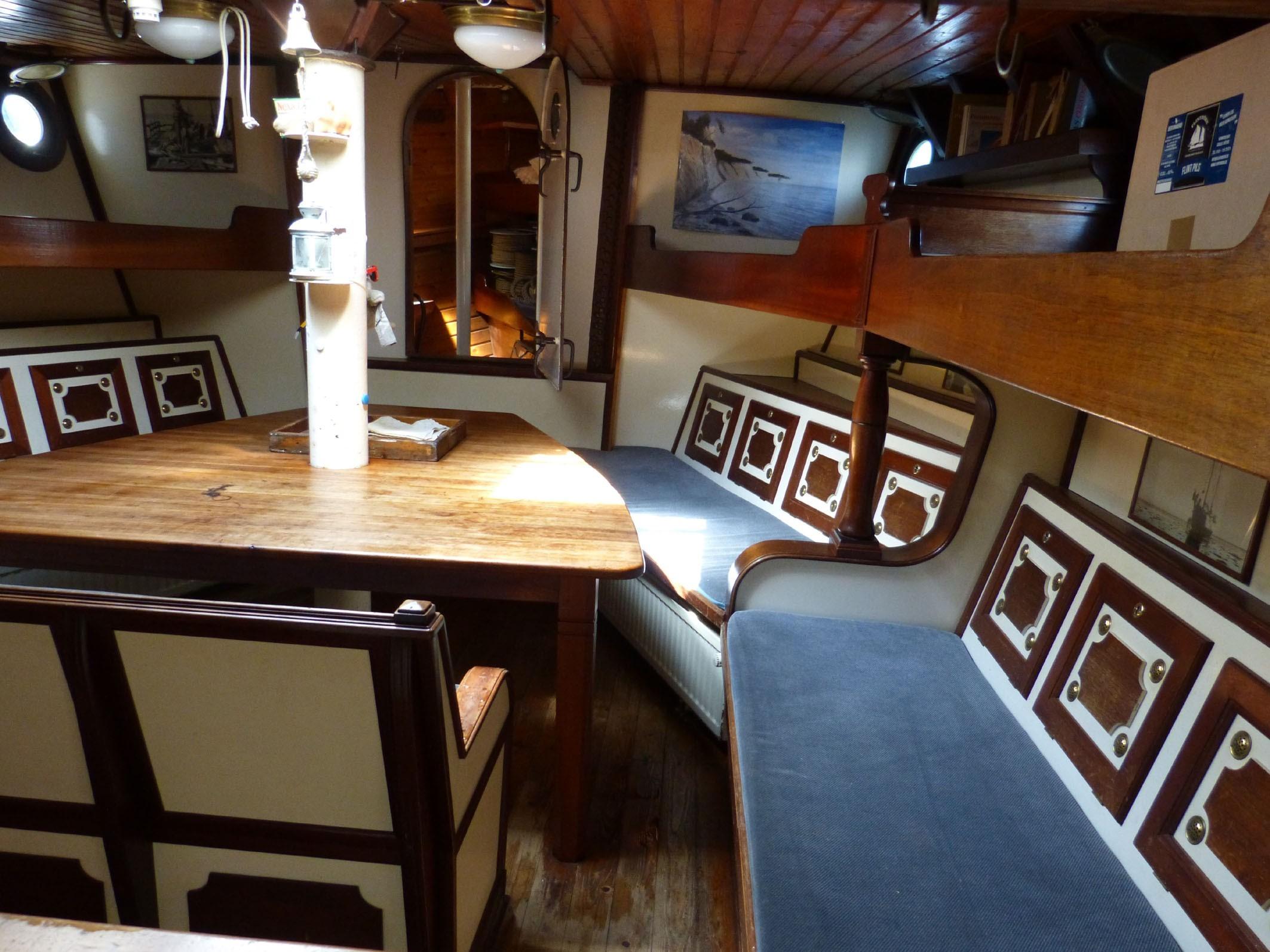 Kajuitzeilboten en Zeiljachten Stylish Traditional Sailing Ship Traditional foto 7