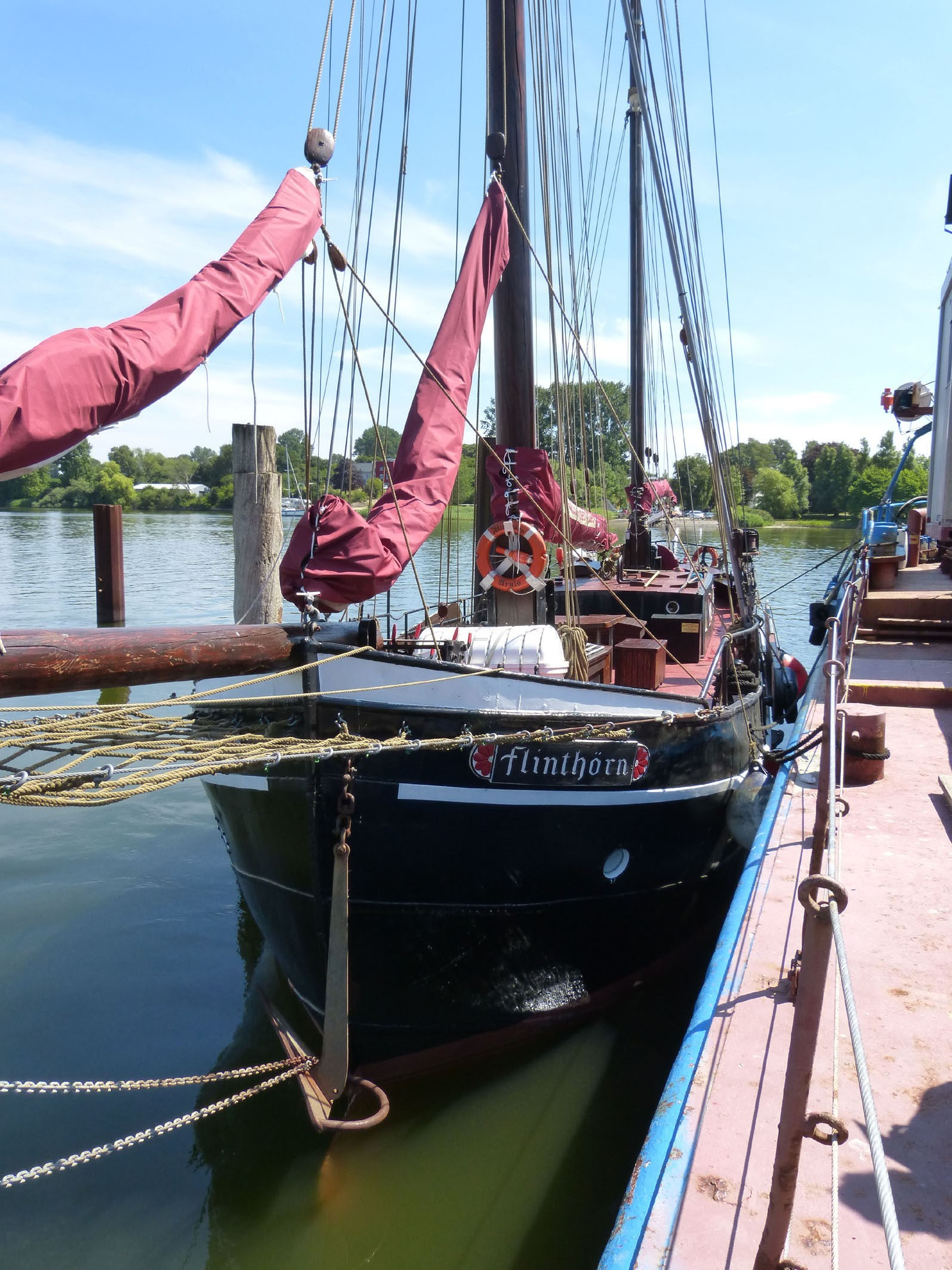 Kajuitzeilboten en Zeiljachten Stylish Traditional Sailing Ship Traditional foto 5