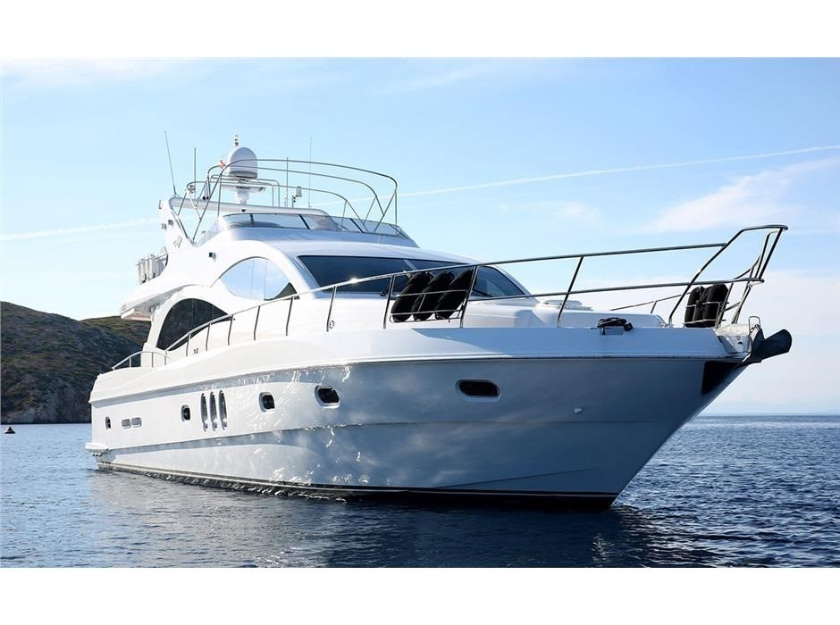 Gulf Craft Majesty 66