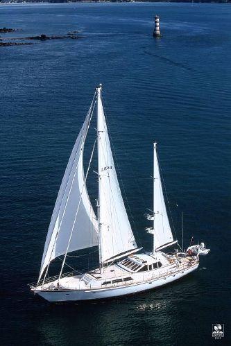 Kajuitzeilboten en Zeiljachten Alloy Yachts Pilothouse foto 9