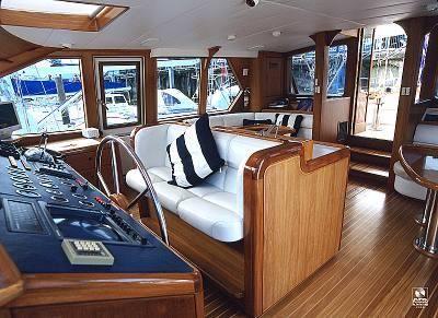 Kajuitzeilboten en Zeiljachten Alloy Yachts Pilothouse foto 7