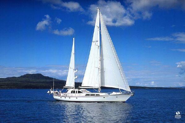 Alloy Yachts Pilothouse