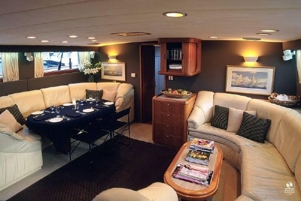Kajuitzeilboten en Zeiljachten Alloy Yachts Pilothouse foto 2