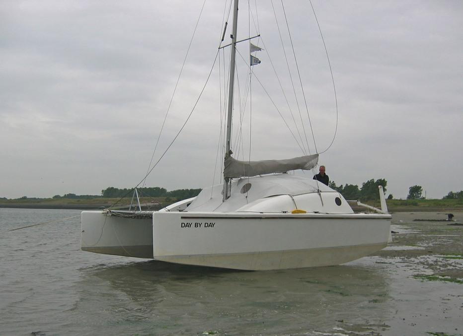 Starter 800 Open Brugdek Catamaran