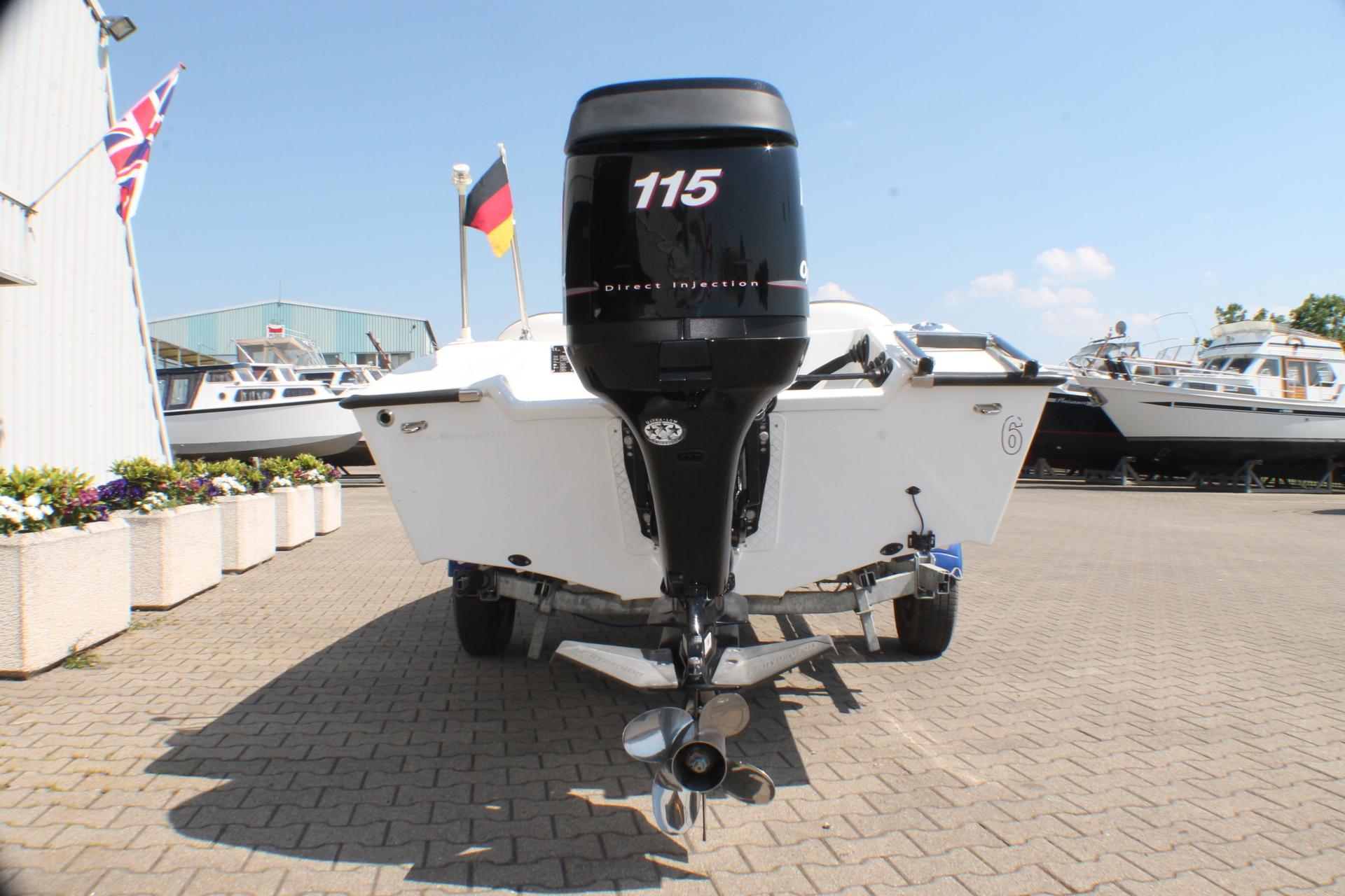 Motorkruisers en Jachten Tom-Car-Boats Tintorera foto 5