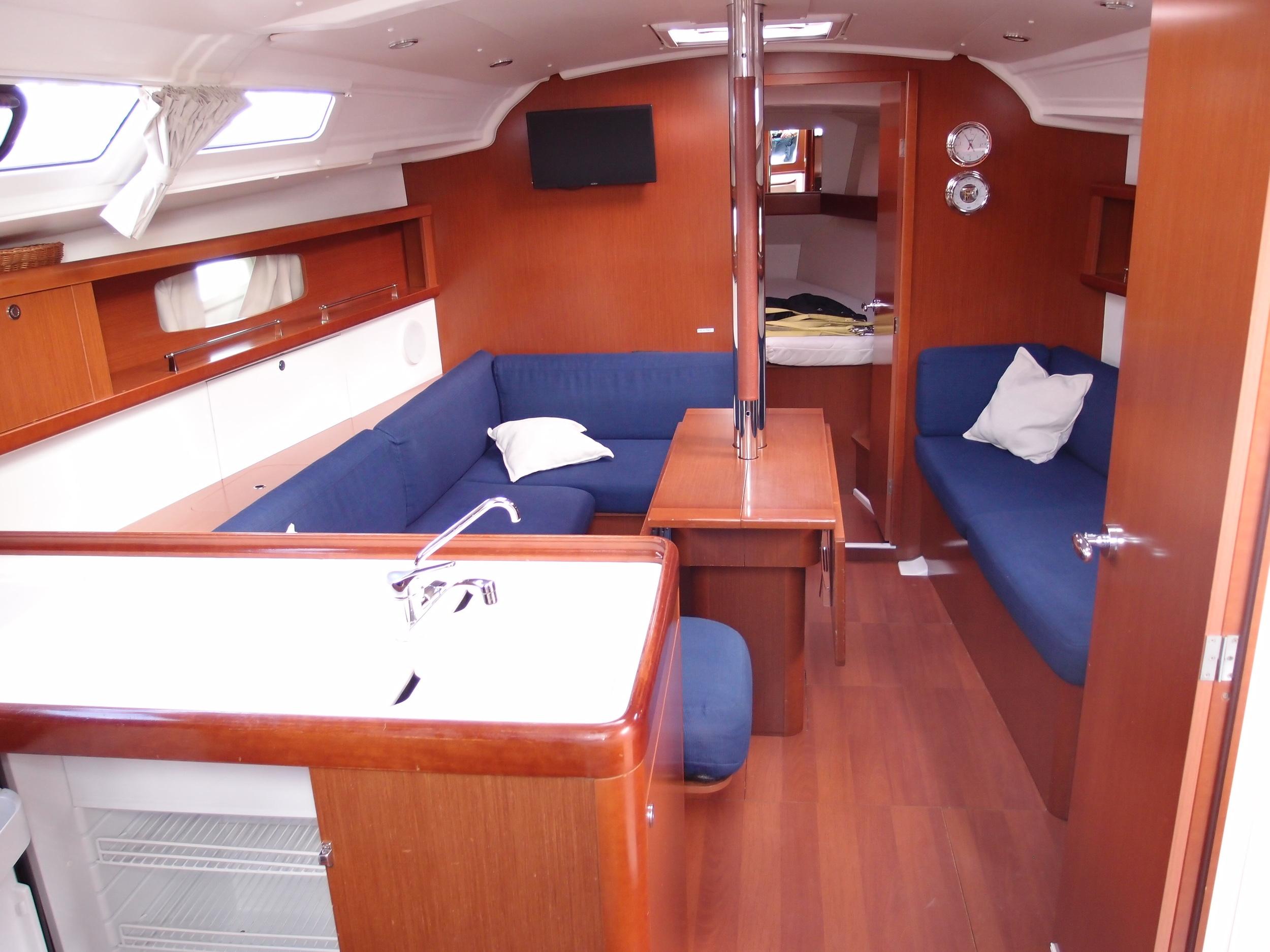 Kajuitzeilboten en Zeiljachten Beneteau Oceanis 37 Oceanis 37 foto 3