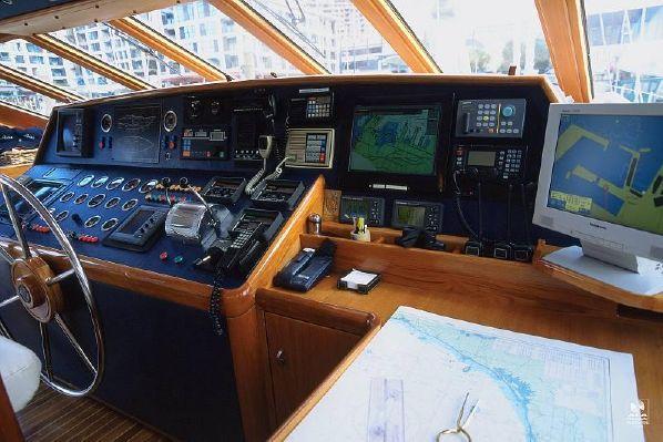 Kajuitzeilboten en Zeiljachten Alloy Yachts Pilothouse foto 3