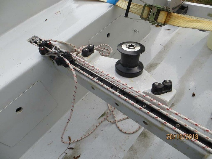 Kajuitzeilboten en Zeiljachten Trailerbare Trimaran Scarab 650 Sport foto 8