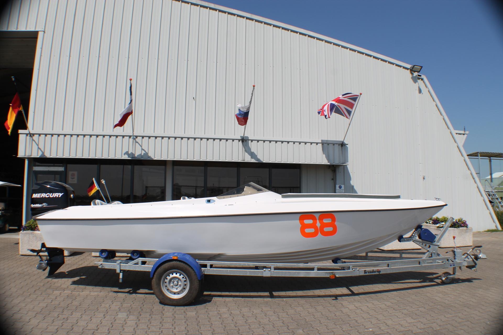 Tom-Car-Boats Tintorera